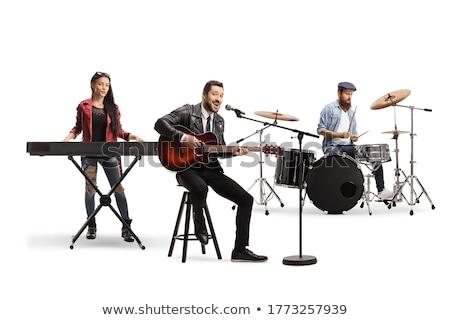 Banda músicos jugando instrumentos musicales grupo jóvenes Foto stock © RAStudio