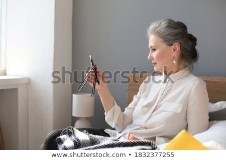 Senior vrouw make portret gelukkig naar Stockfoto © FreeProd