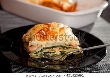 espinacas · lasaña · salmón · alimentos · tenedor · cal - foto stock © phbcz