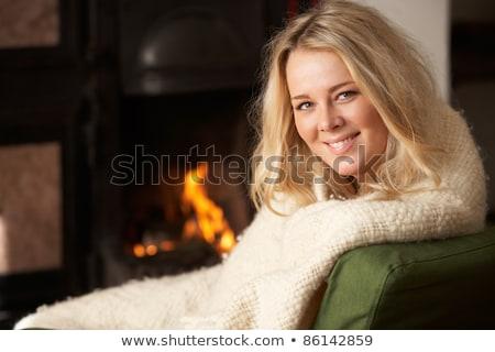 kadın · oturma · şömine · noel · ağacı · hediye · kutusu - stok fotoğraf © monkey_business