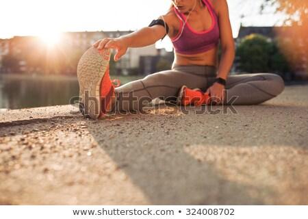 músculos · belo · fitness · modelo · cinza - foto stock © mtoome