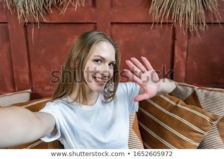 gülümseyen · kadın · eller · mutlu · insanlar · kadın · plaj - stok fotoğraf © dolgachov