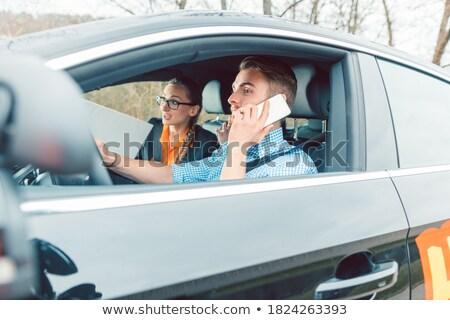 Sürücü eğitmen deli öğrenci telefon araba Stok fotoğraf © Kzenon