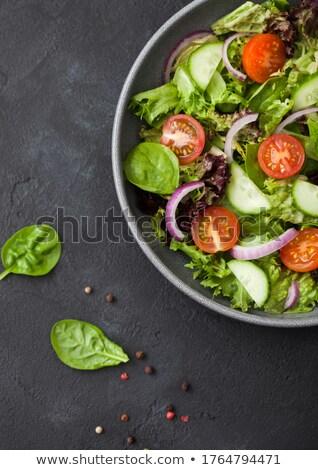 Fresche sani vegetariano verdura insalata pomodori Foto d'archivio © DenisMArt