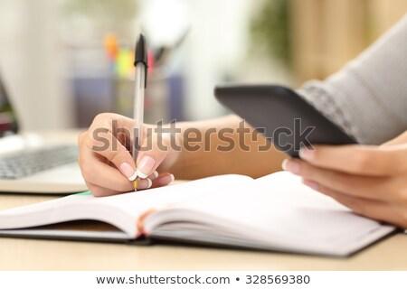 fiatal · üzletasszony · tervező · kezek · áll · irodaház - stock fotó © photography33
