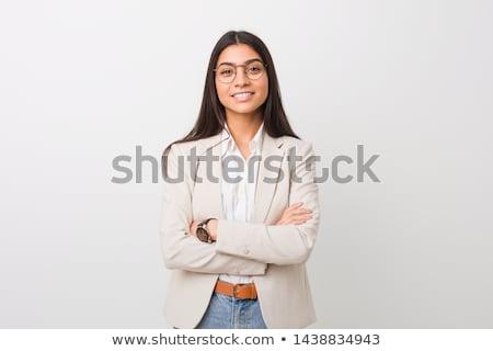 Ritratto imprenditrice posa braccia incrociate bianco ufficio Foto d'archivio © wavebreak_media