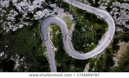 Montagna strada teleobiettivo view ripida verde Foto d'archivio © gophoto