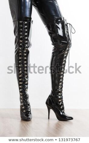 Pormenor látex botas menina mão mulheres Foto stock © phbcz