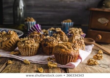 Egész gabona muffinok étcsokoládé diók rusztikus Stock fotó © Peteer