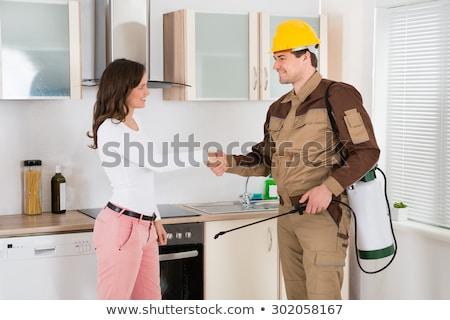 Travailleur serrer la main femme Homme heureux Photo stock © AndreyPopov