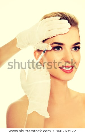jóvenes · mujer · hermosa · inyección · mano · médico · belleza - foto stock © andreypopov