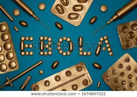 Guérir Pack pilules vert ouvrir Photo stock © tashatuvango