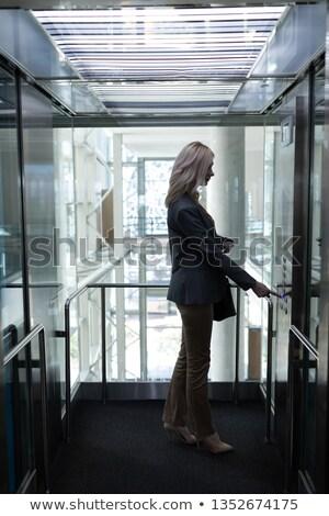側面図 かなり 小さな ブロンド 白人 女性実業家 ストックフォト © wavebreak_media
