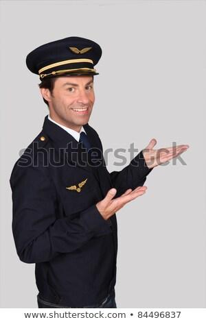 Homem companhia aérea piloto mão aeroporto seis Foto stock © photography33