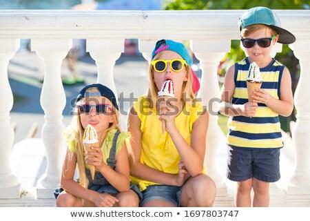 Photo stock: Deux · adolescentes · été · amusement · vert · jambes