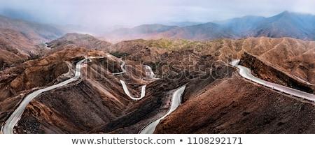 Atlasz hegyek Marokkó autópálya szabadtér kilátás Stock fotó © tony4urban