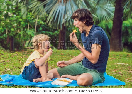 かわいい · 健康 · 幼稚園 · 子供 · 少年 · フライドポテト - ストックフォト © galitskaya