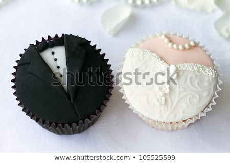 Stock fotó: Esküvő · minitorták · kép · díszített · tányér · virág