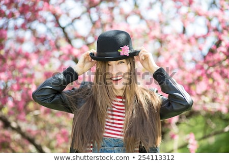 mulher · loira · jardim · belo · retrato · primavera · flor - foto stock © artfotodima