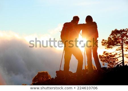 Stock fotó: Emberek · trekking · naplemente · illusztráció · nő · természet