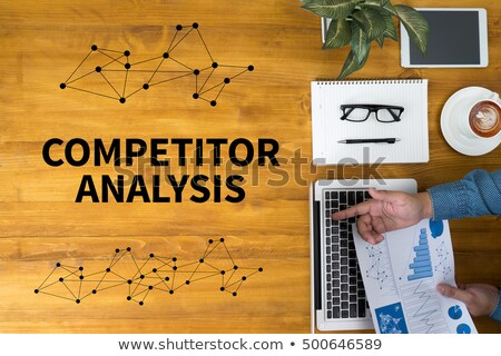 Stockfoto: Business Swot Analysis Concept Businessman With Ring Binders