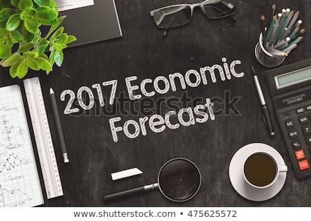 経済の 予測 黒板 小 表 ストックフォト © tashatuvango