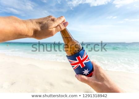 Spleet Open koud bier zomer dag Stockfoto © lovleah