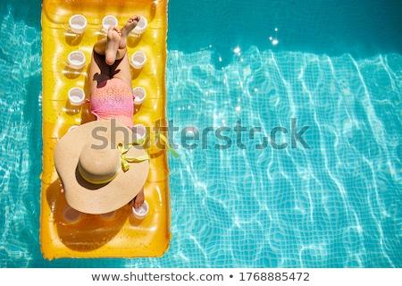 Meisje hoed ontspannen zwembad opblaasbare Geel Stockfoto © Illia