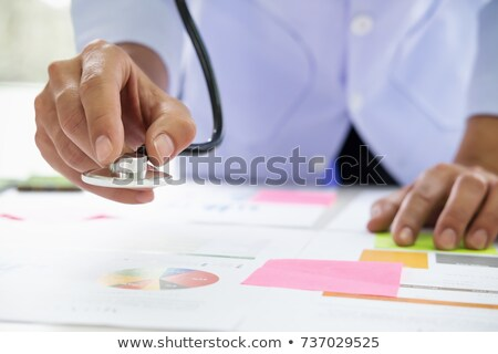 üzleti grafikon sztetoszkóp nyomtatott fehér papír üzlet Stock fotó © raywoo