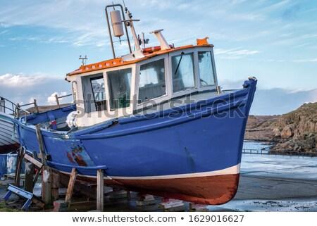 öreg · hajó · Írország · halszem · lencsék · tenger - stock fotó © mady70
