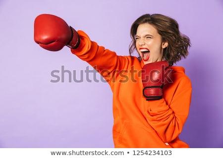 Foto stock: Mulher · jovem · boxeador · vermelho · luvas · ver · de · volta