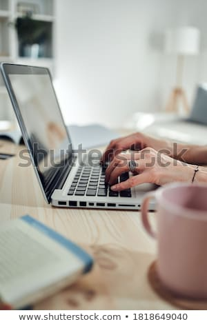 женщины · стороны · рабочих · Top · клавиатура - Сток-фото © dukibu