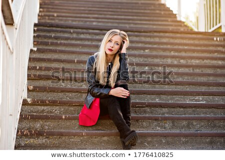Moderno botas beautiful girl branco boutique Foto stock © ssuaphoto