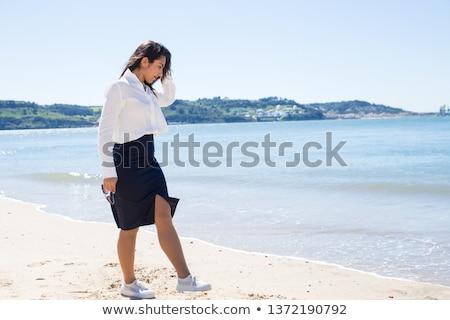 Portré komoly női turista vízpart szalmakalap Stock fotó © stevanovicigor