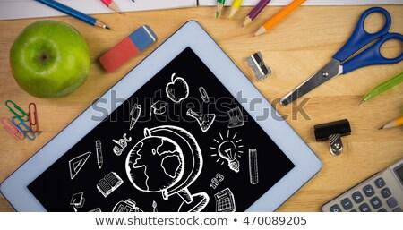 ноутбука · увеличительное · стекло · онлайн · безопасности · расследование · компьютер - Сток-фото © wavebreak_media