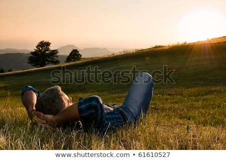 Hombre pensando hierba feliz pelo retrato Foto stock © photography33