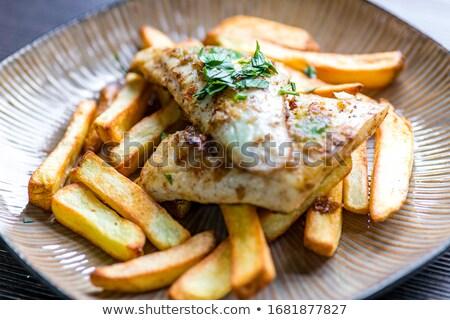 primer · plano · ternera · frito · patatas · vidrio · fondo - foto stock © doupix
