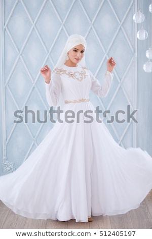 Retrato belo noiva magnífico vestido de noiva sessão Foto stock © Victoria_Andreas