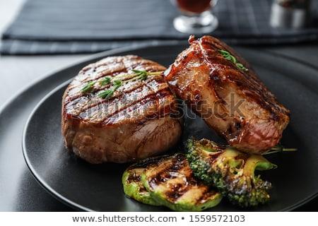 grillezett · marhahús · filé · medál · mártás · izolált - stock fotó © oleksandro