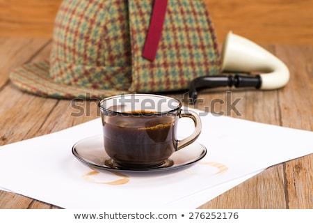 Koffiekopje papier detective hoed oude houten tafel Stockfoto © homydesign