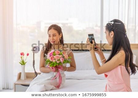 女性 · 写真 · 花 · 花 · 夏 - ストックフォト © deandrobot