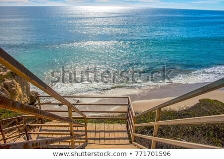 Trap leidend beneden strand zandstrand zee Stockfoto © lovleah