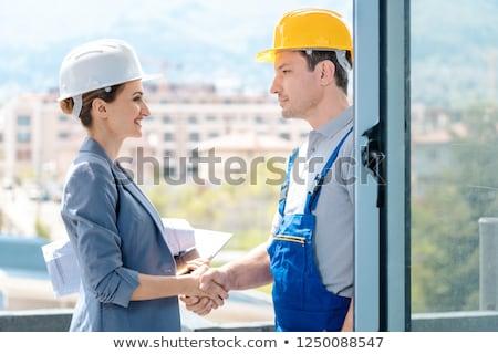Kézfogás építkezés fejlesztő építész elfogadás munka Stock fotó © Kzenon