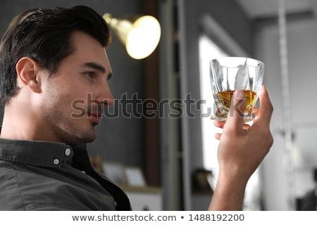 Verre potable whiskey maison alcoolisme alcool Photo stock © dolgachov