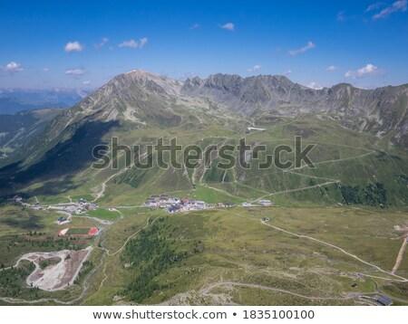 Kayakçılık Avusturya Kayak güzel dağ gökyüzü Stok fotoğraf © pumujcl