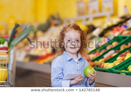 femme · fruits · verger · pomme · caméra - photo stock © stockyimages