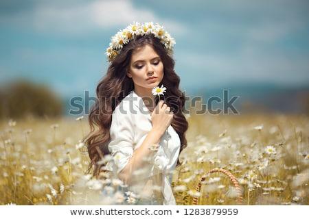 gyönyörű · fiatal · álmodik · nő · virág · divat - stock fotó © nejron