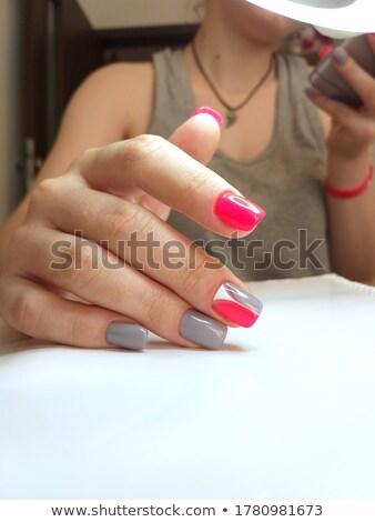 Stylish Maniküre grau weiblichen eleganten Hand Stock foto © bezikus