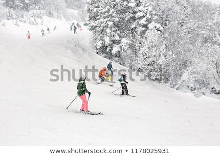 Sí üdülőhely hóesés emelkedő égbolt nehéz Stock fotó © joyr