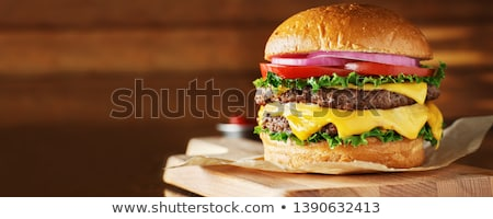 Cheeseburger salade tomaat grijs brood sandwich Stockfoto © Koufax73